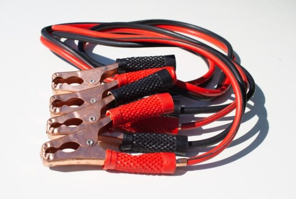 car jumper cables for car battery